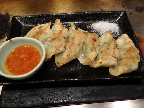07鉄板de焼餃子