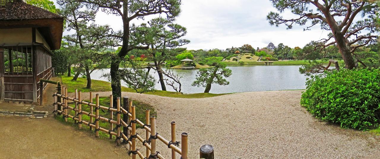 20170418 後楽園今日の観光定番位置から眺めた園内ワイド風景 (1)