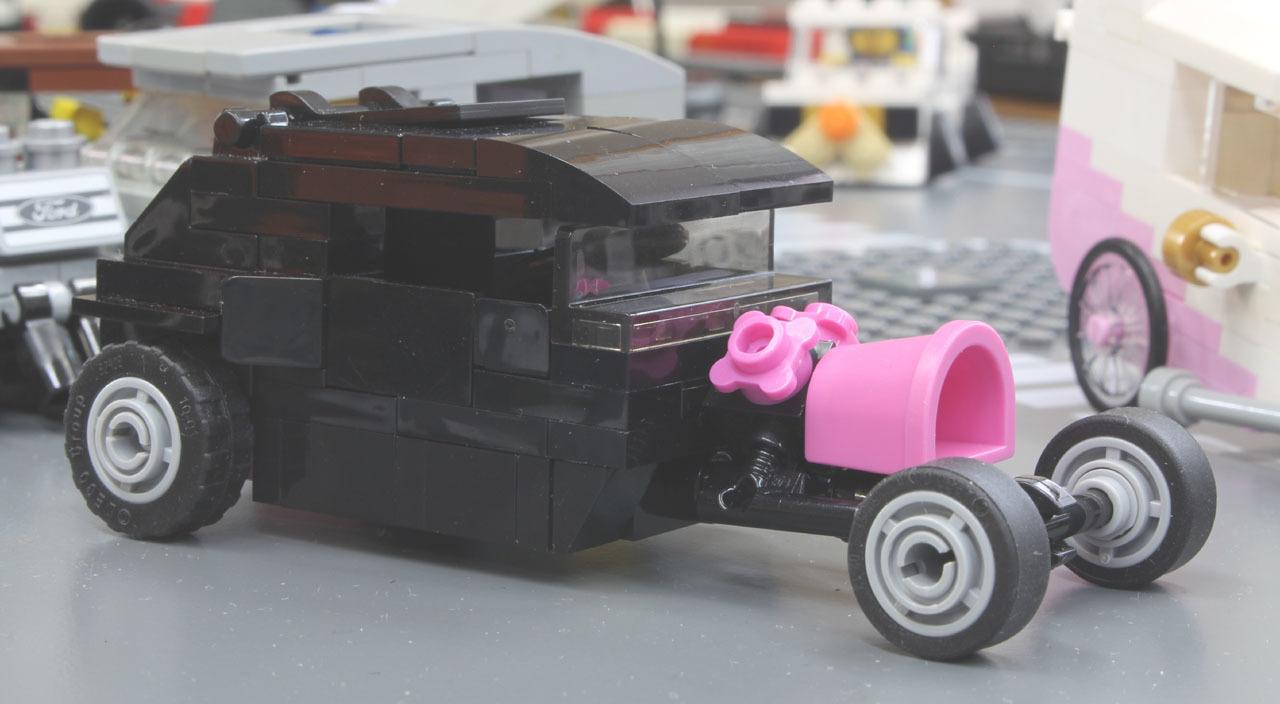 pinkbucket_2.jpg