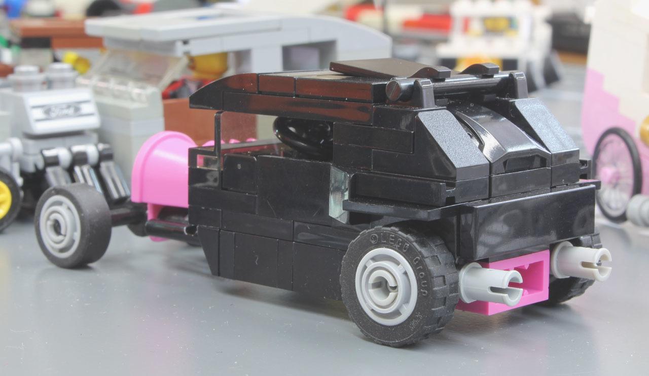 pinkbucket_3.jpg