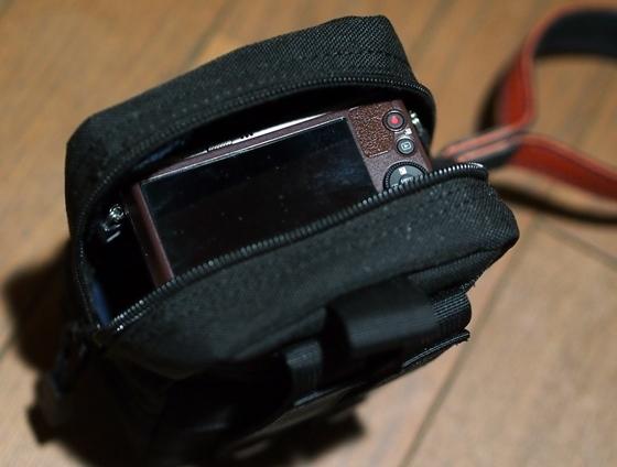 カメラ収納1