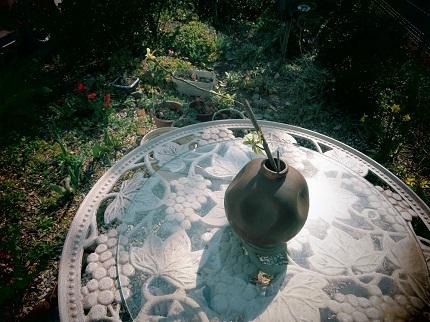 3止まり木の花瓶IMG_1222