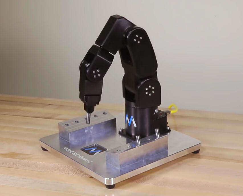 指系ロボット