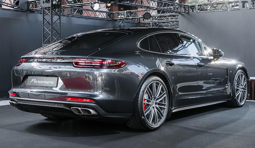 008_Porsche-Panamera.jpg