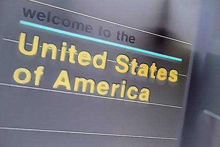 【米国】共和党下院議員、米国への入国ビザ申請者にSNSのパスワード提出を義務付ける法案を提出