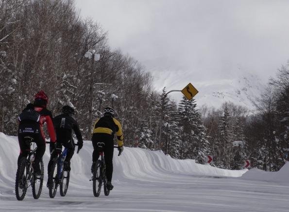 ロードバイク 冬 山 上り
