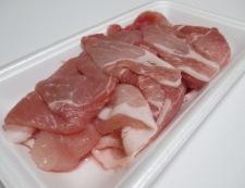 厚揚げと豚こまのしょうが煮 材料②