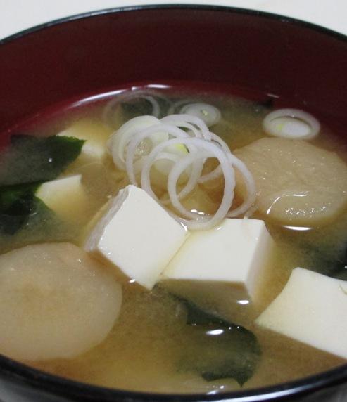 豆腐と麩の味噌汁 大