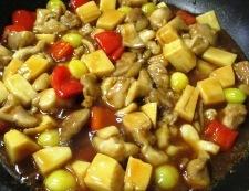 鶏もも肉と銀杏の炒め物 調理⑥