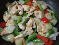 むね肉のカラフル炒め 調理⑤