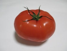 トマトじゃこ 材料①