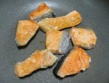 甘塩鮭のおろし煮 調理③