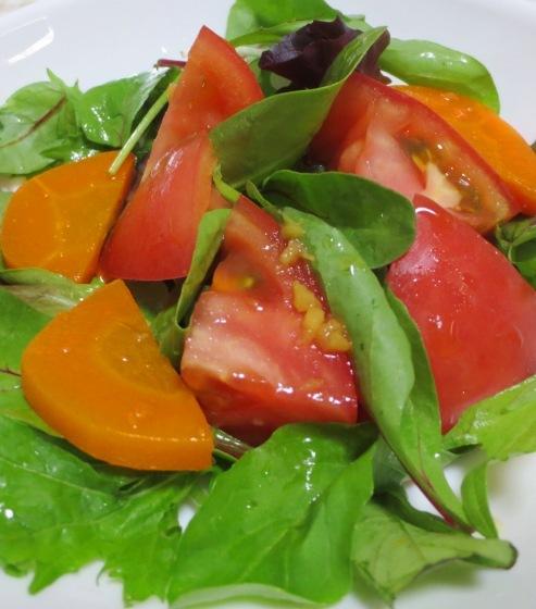 トマトとベビーリーフのサラダ 大