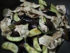 ナスと豚こまの胡麻味噌炒め 調理⑤