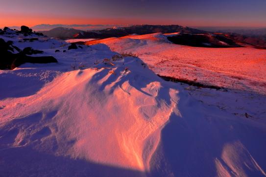 車山から望むはるか北アルプスの夕景
