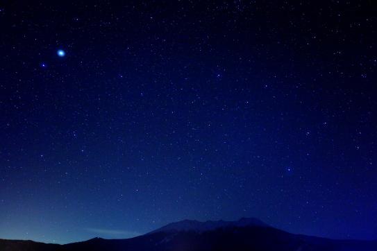 霊峰御岳を守護する星空