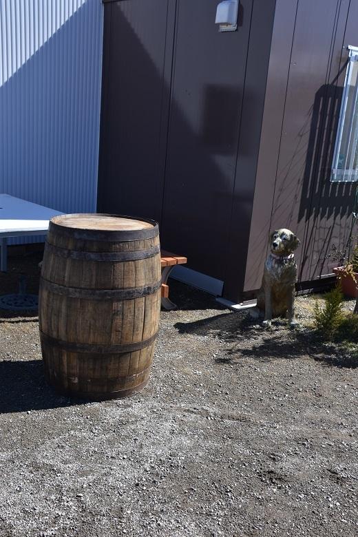 044 ウイスキー樽