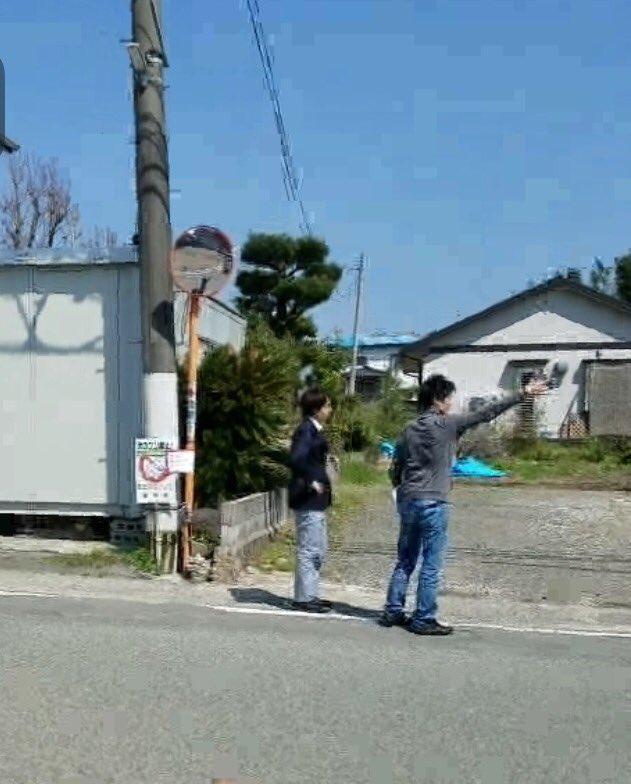 【画像】嵐・櫻井翔が熊本県益城町で『ZERO』の取材←遭遇した一般男性達、「かっこいい!」の声