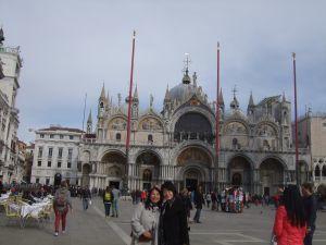 ヴェネツィア裕子と舞
