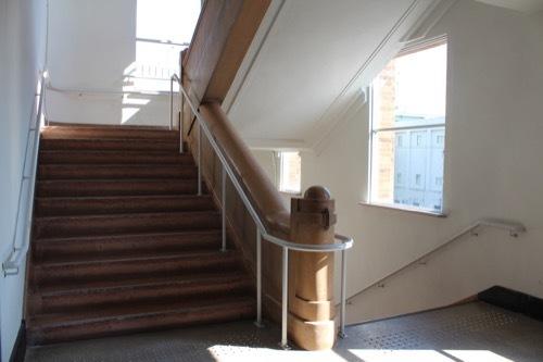 0225:KIITO 新館階段①