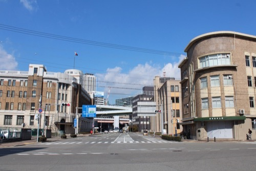 0226:新港貿易会館 新港地区のレトロ景観