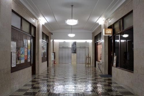 0233:神港ビルヂング 共用廊下①