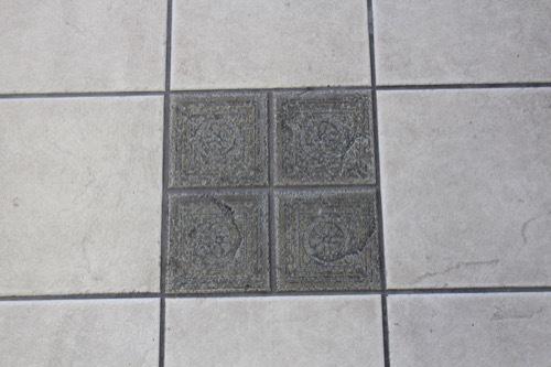 0240:JR兵庫駅舎 コンコースの床②