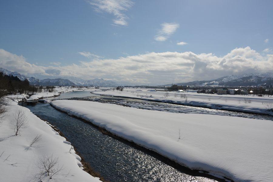 雪の魚野川-2