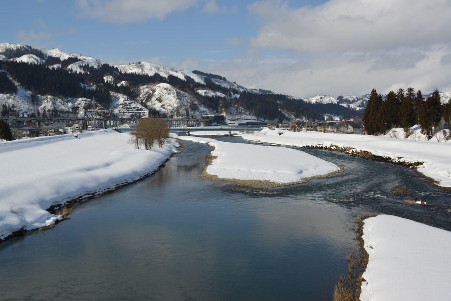 雪の魚野川-3