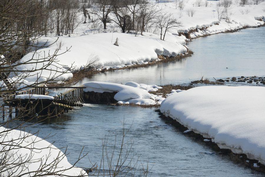 雪の魚野川-4