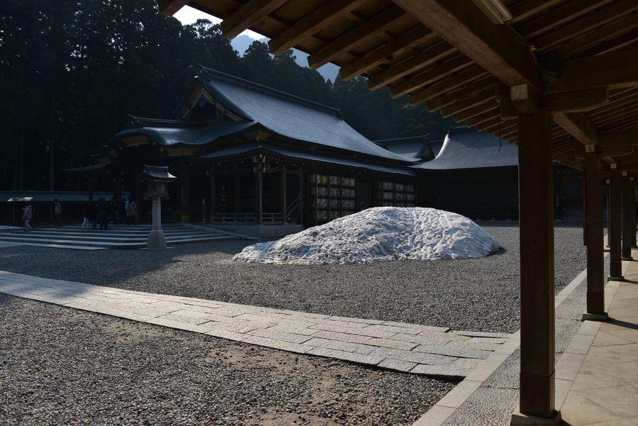 彼岸の弥彦神社-2
