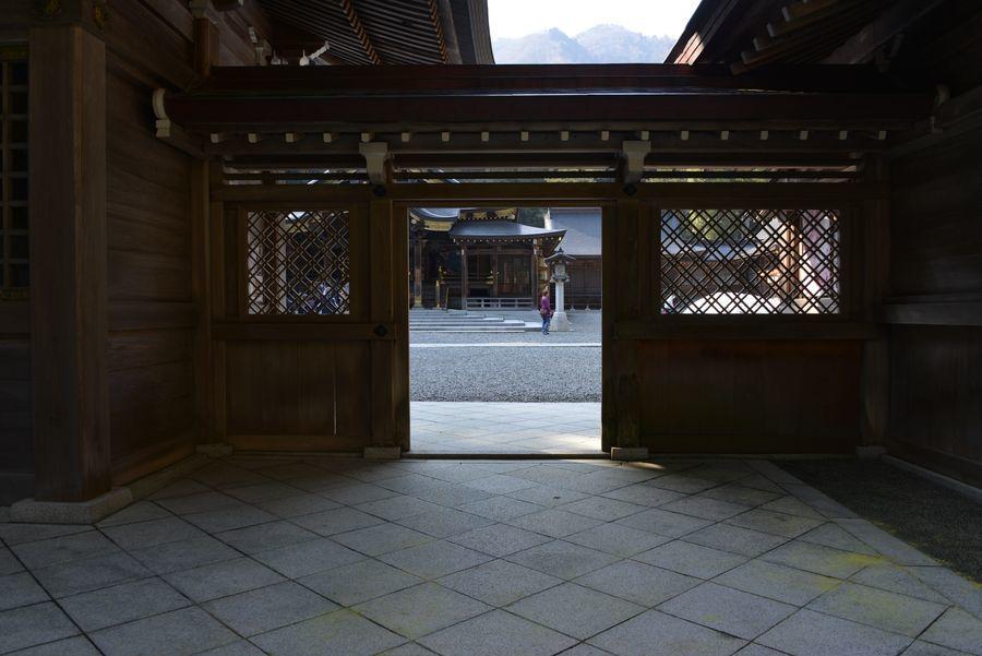 彼岸の弥彦神社-4