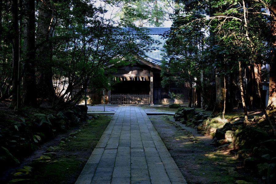 彼岸の弥彦神社-6