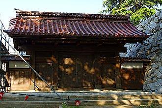 330px-Toyama_Castle06st3200.jpg
