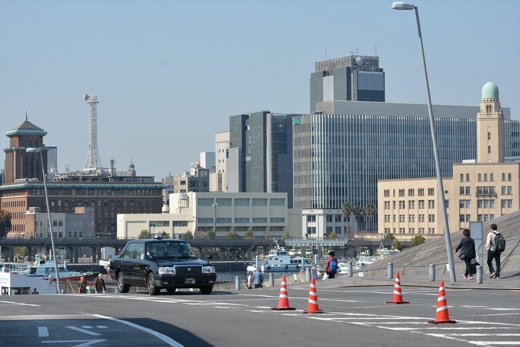 大さん橋から見た3塔