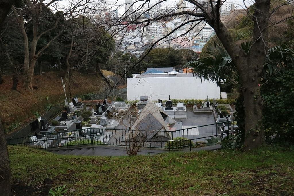 カトリック山手教会墓地