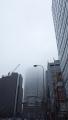 170408阪急百貨店にかかる低い雲