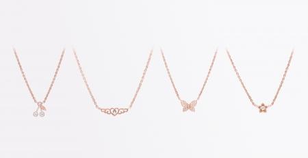 colliers-RB-recadrés-et-fond-coloré