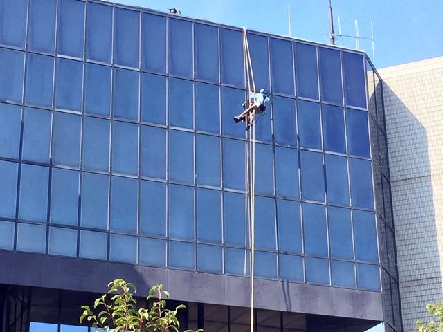 ガラス清掃2