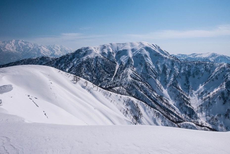 2017.03.04大長山_取立山から鉢伏山展望36