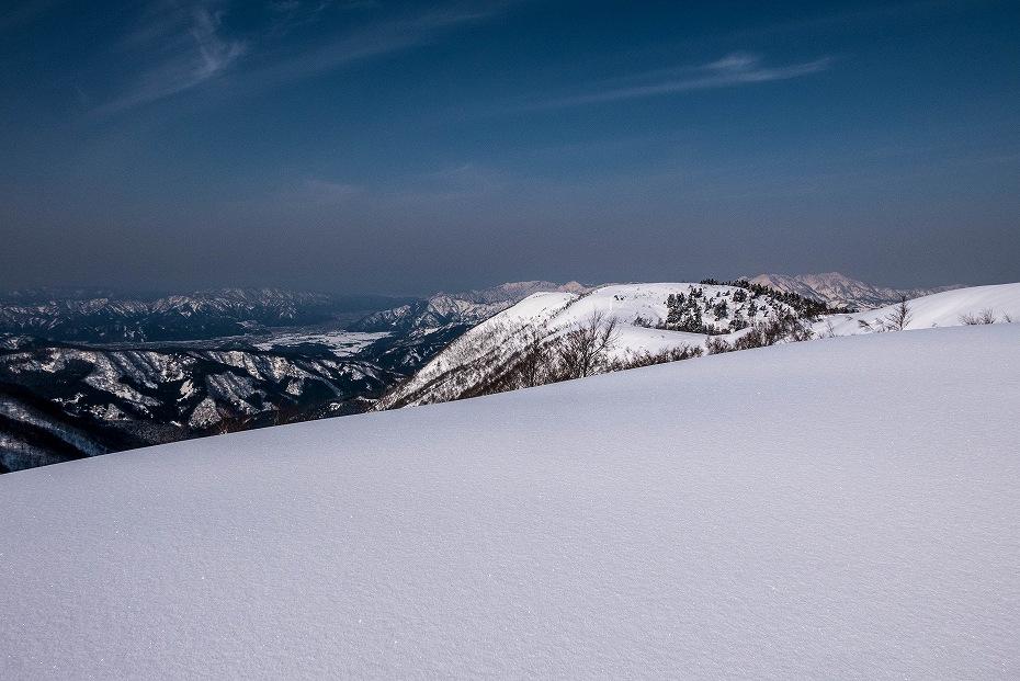 2017.03.04大長山_取立山から鉢伏山展望10