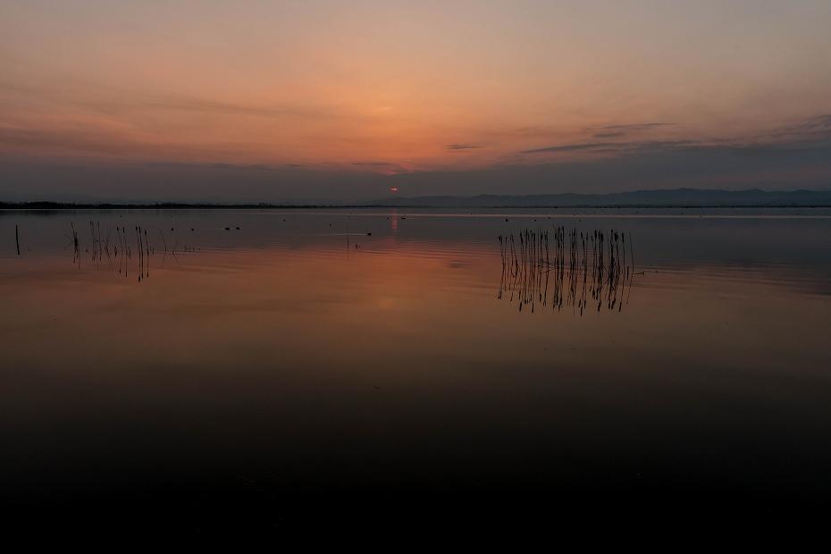 2017.03.30河北潟からの日の出1