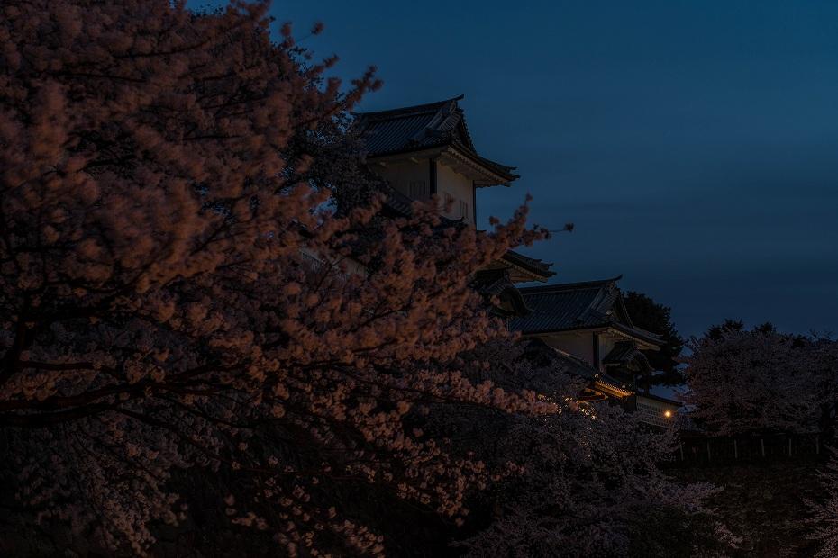 2017.04.10夜明けの金沢城4