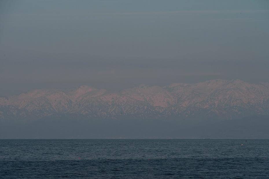 2017.04.24海越えの北アルプス16