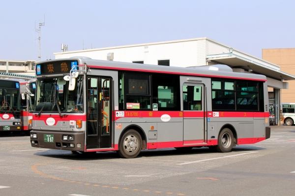 川崎200か・887 TA8786
