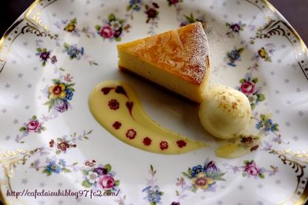 伊豆一の絶景カフェ 花の妖精◇チーズケーキ