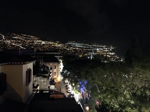 ホテル屋上から02