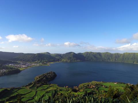 アズル湖1