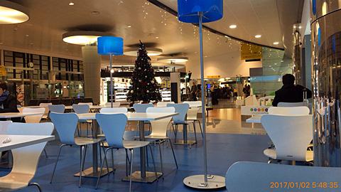 ポンタ・デルガダ空港内カフェ