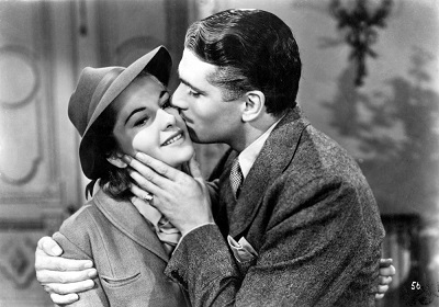 rebecca-1940-laurence-olivier-kissing-joan-fontaine-00n-yrr.jpg